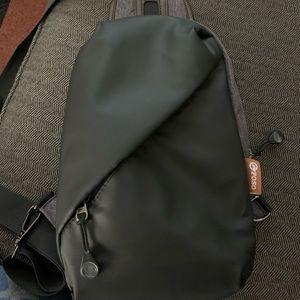 Crossbody sling bag!